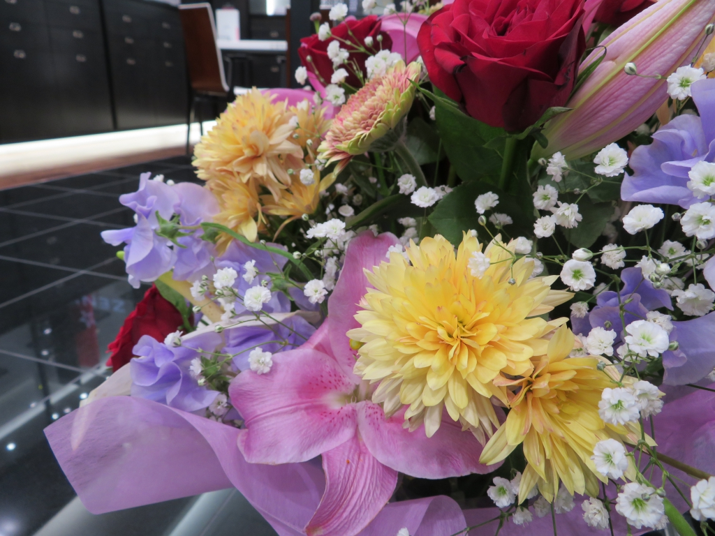 ゼニス ブティック大阪 グランドオープン たくさんのお花ありがとうございます! - ご案内 |IMG_0104