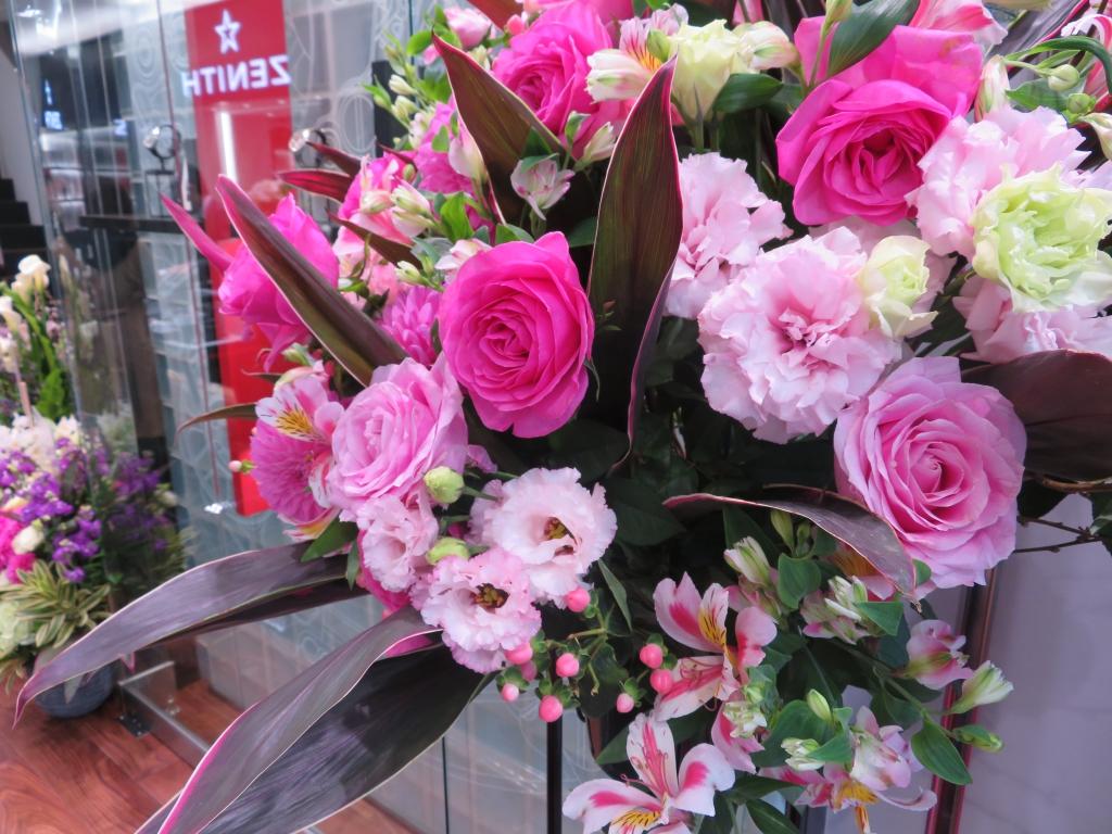 ゼニス ブティック大阪 グランドオープン たくさんのお花ありがとうございます! - ご案内 |IMG_0105