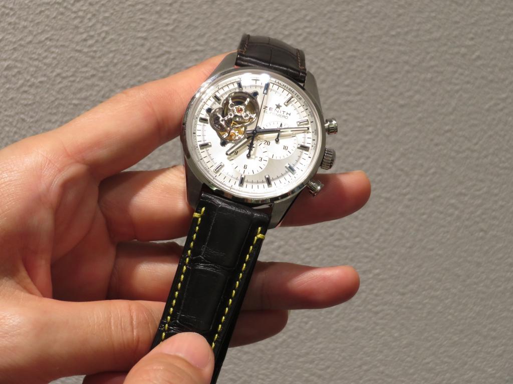 ストラップの組み合わせで時計の印象も変わります。 - CHRONOMASTER  IMG_1016