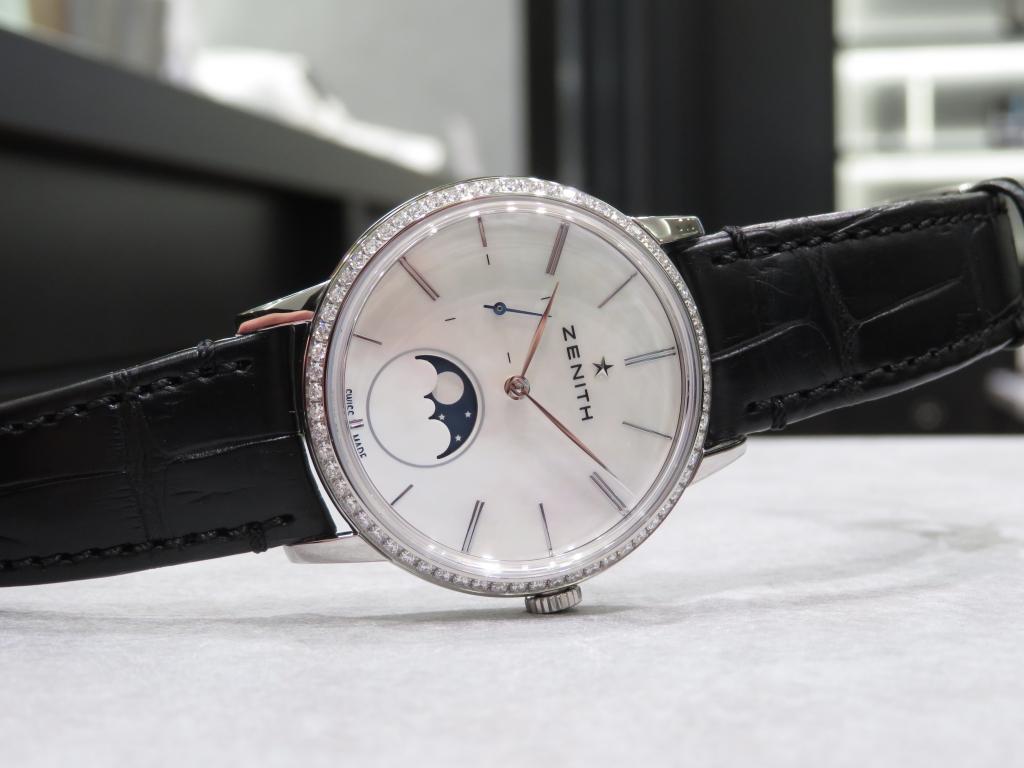 MOP文字盤とベゼルダイヤが美しいモデル。 - ELITE |IMG_1153