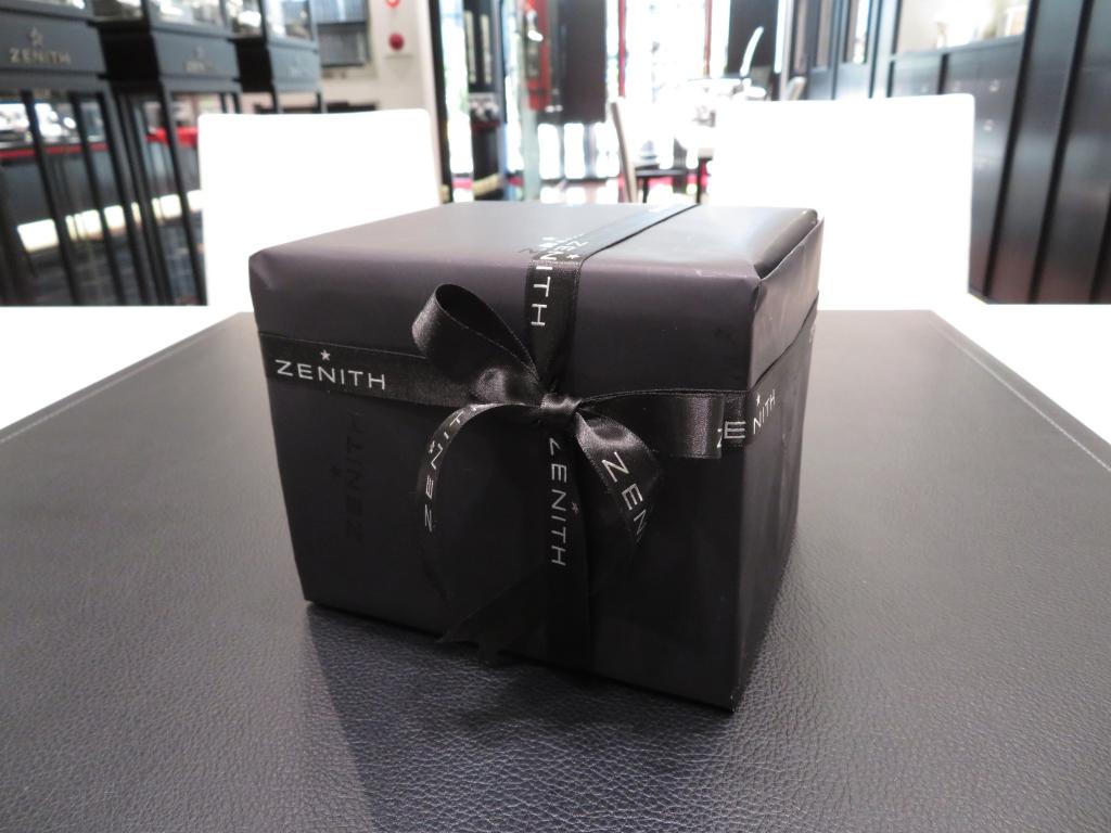 プレゼント包装・結納返しのお包み、無料で承ります☆ - ご案内 |IMG_1239