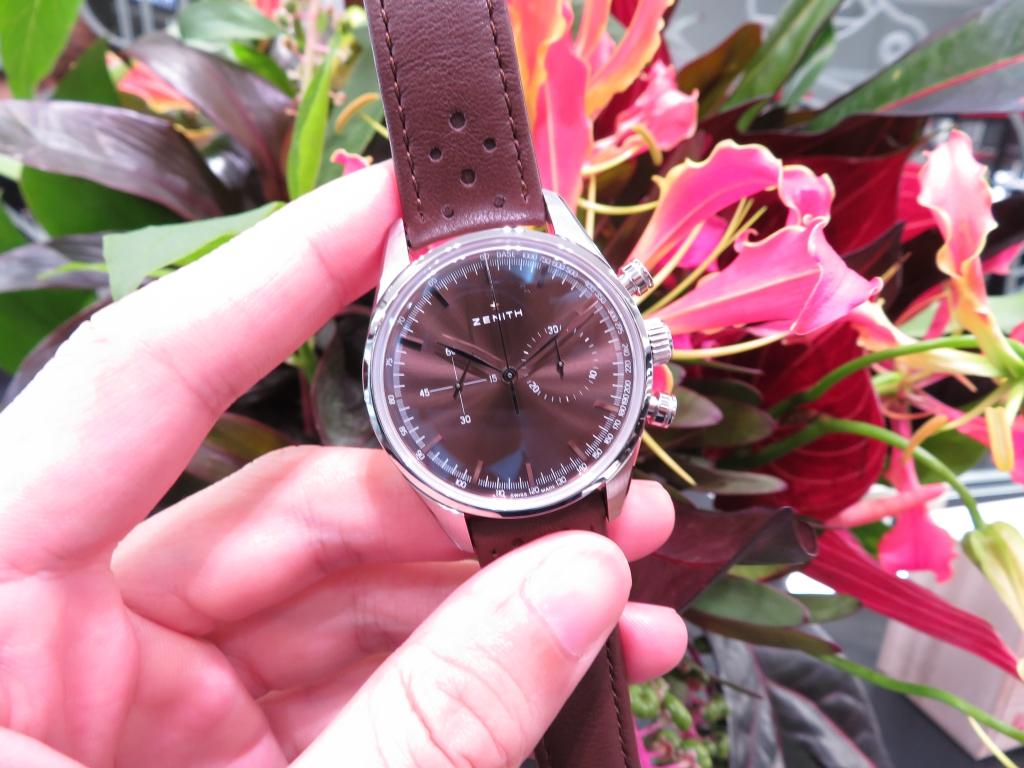 IMG_2500 サンレイ仕上げのブラウン文字盤が綺麗なゼニス ヘリテージ146 - CHRONOMASTER
