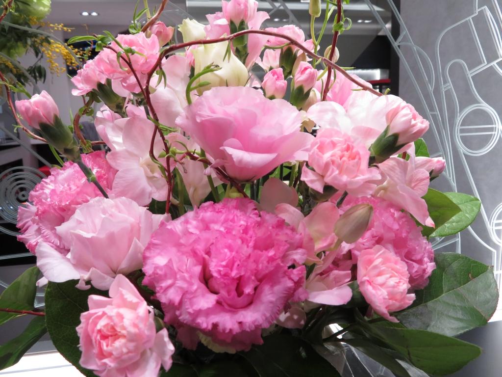IMG_4606 ゼニスブティック大阪 1st  Anniversary  Fair開催中。 綺麗なお花有難うございます。 - ご案内