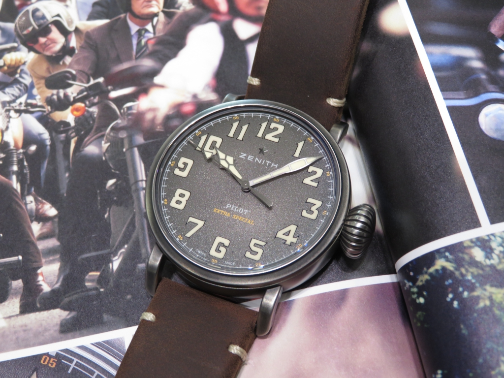 【ゼニス 1st アニバーサリーフェア開催中】バイクが似合うワイルドな時計!パイロット トンアップ - PILOT  IMG_4662