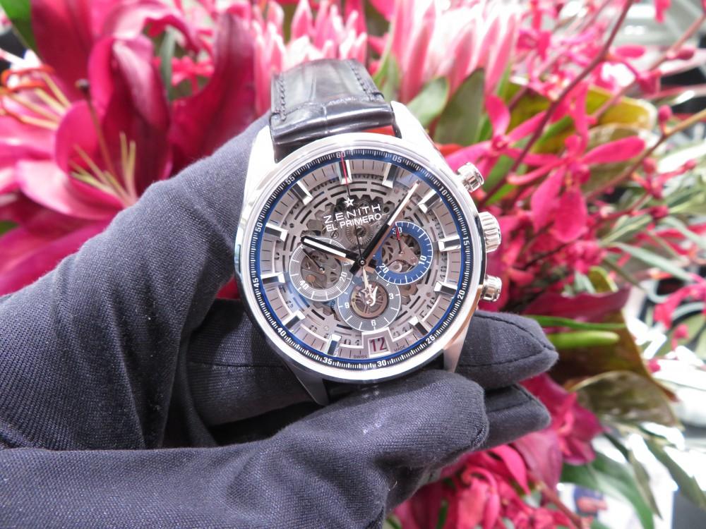 IMG_5051 より男らしく!青と赤の色使いが良いメカニックなデザインのエル・プリメロ フルオープン 42㎜ - CHRONOMASTER