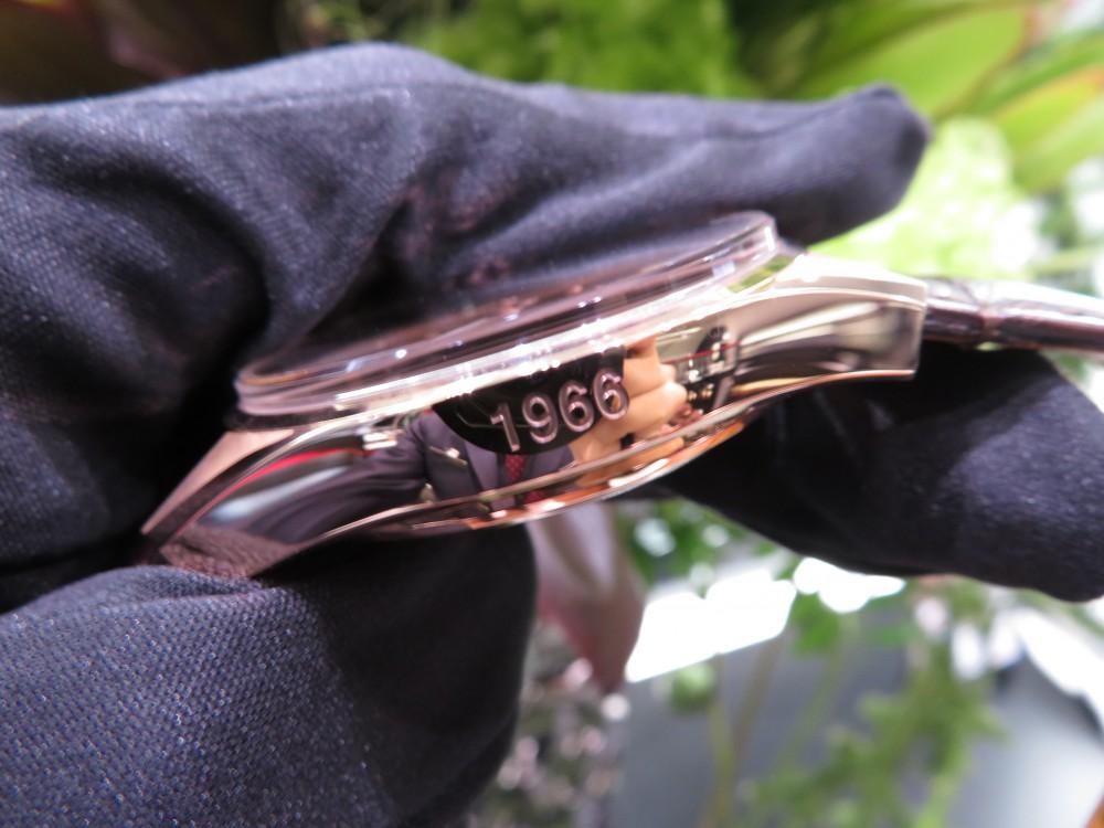 IMG_5253 落ち着きのあるブラウン文字盤と18Kローズゴールドがとても美しいゼニス×コイーバモデル。 - CHRONOMASTER