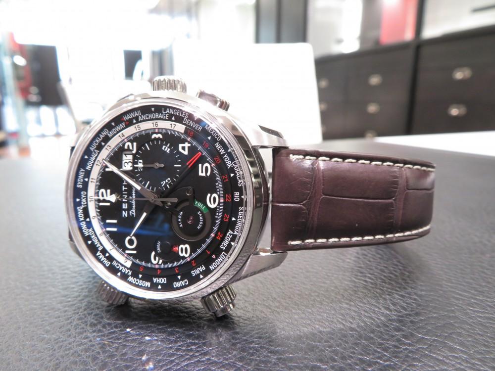 IMG_2981 生産終了!アラーム・ワールドタイム・ビッグデイト・クロノグラフ機能を搭載した多機能モデル!パイロット ダブルマティック - PILOT