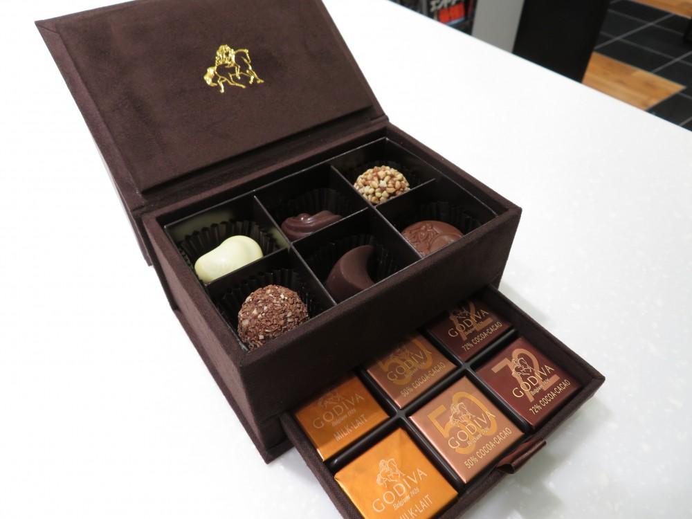 IMG_5776 いつも有難うございます!N.I様からGODIVAのチョコレートを頂戴しました♪ - その他