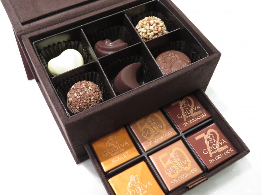 IMG_5777 いつも有難うございます!N.I様からGODIVAのチョコレートを頂戴しました♪ - その他