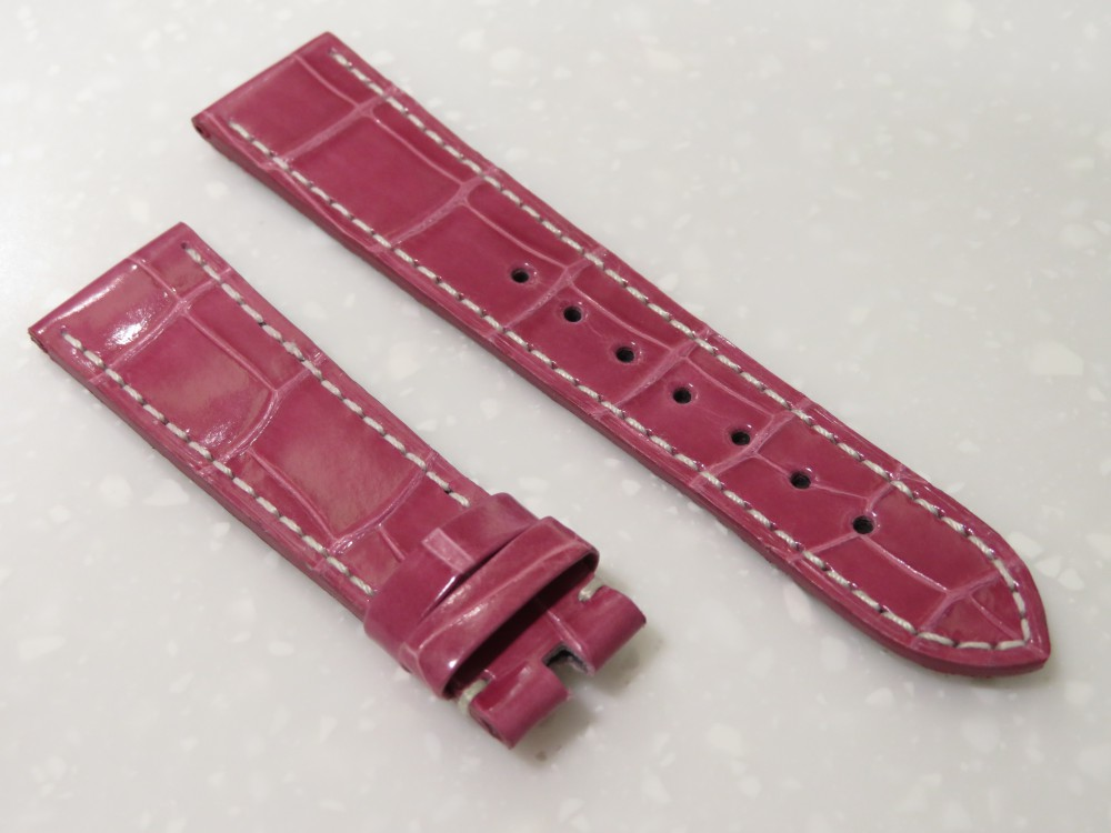 IMG_5998 甘すぎないピンクの革ベルトは大人の女性にもおススメ!ゼニスの純正オーダーベルトが出来上がりました! - CHRONOMASTER ベルト/ストラップ