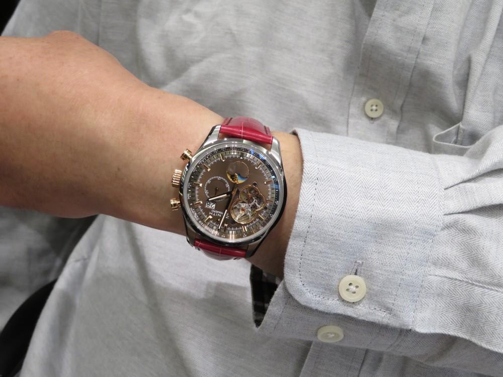 IMG_6410 T.M様の『グランドデイト オープン』に合わせた赤色のオーダーベルトが綺麗です! - CHRONOMASTER