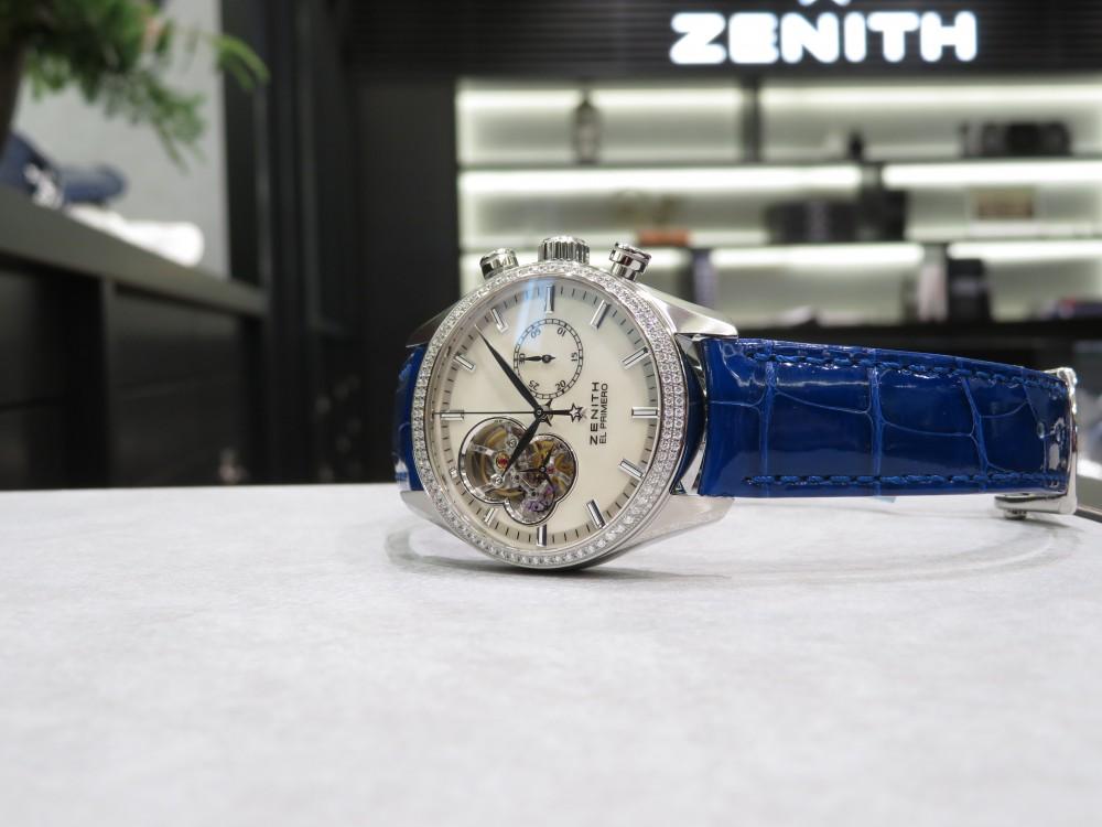 IMG_6791 ホワイトMOP文字盤とダイヤモンドが綺麗なレディースモデル、クロノマスターレディ - CHRONOMASTER