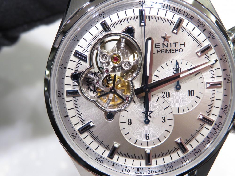 IMG_7723 綺麗なシルバーダイヤルからZENITHが誇るエル・プリメロがちらり。エル・プリメロ オープン - CHRONOMASTER