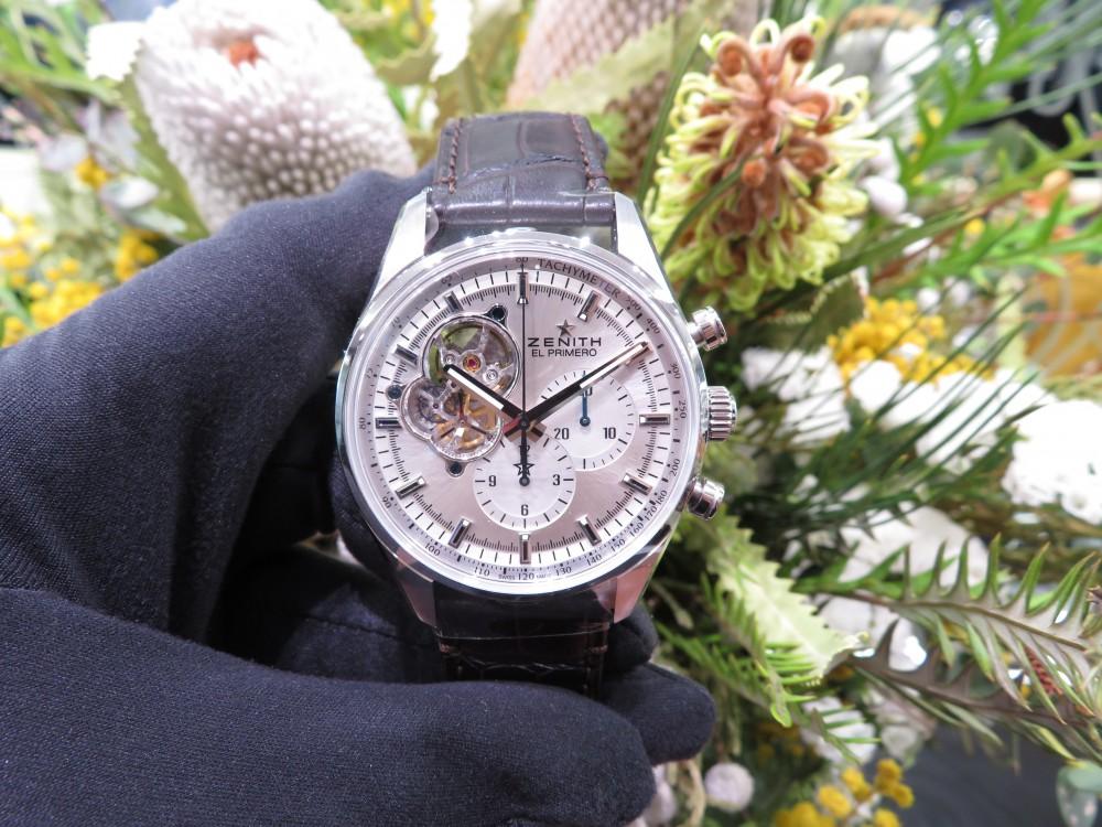 IMG_7725 綺麗なシルバーダイヤルからZENITHが誇るエル・プリメロがちらり。エル・プリメロ オープン - CHRONOMASTER
