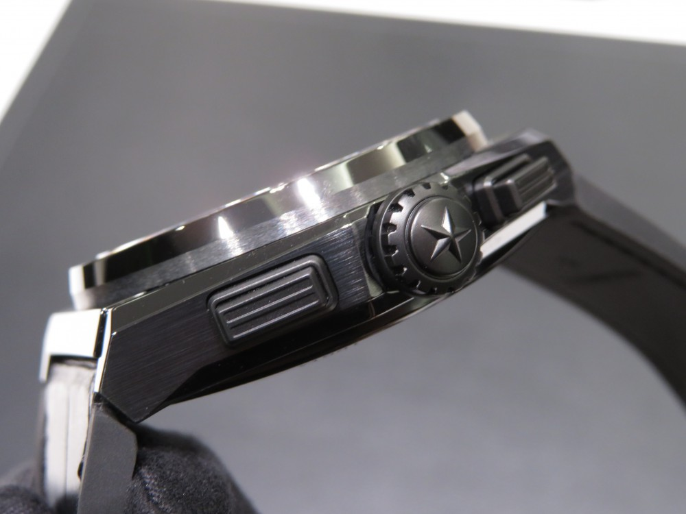 IMG_7855 デファイ エル・プリメロ21 セラミックモデルが再入荷!! - DEFY