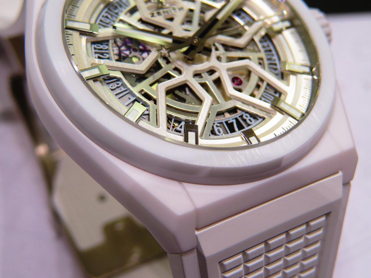 IMG_8943 デファイ クラシックのホワイトセラミックモデルが初入荷!夏に向けて爽やかな時計はいかがですか!? - DEFY