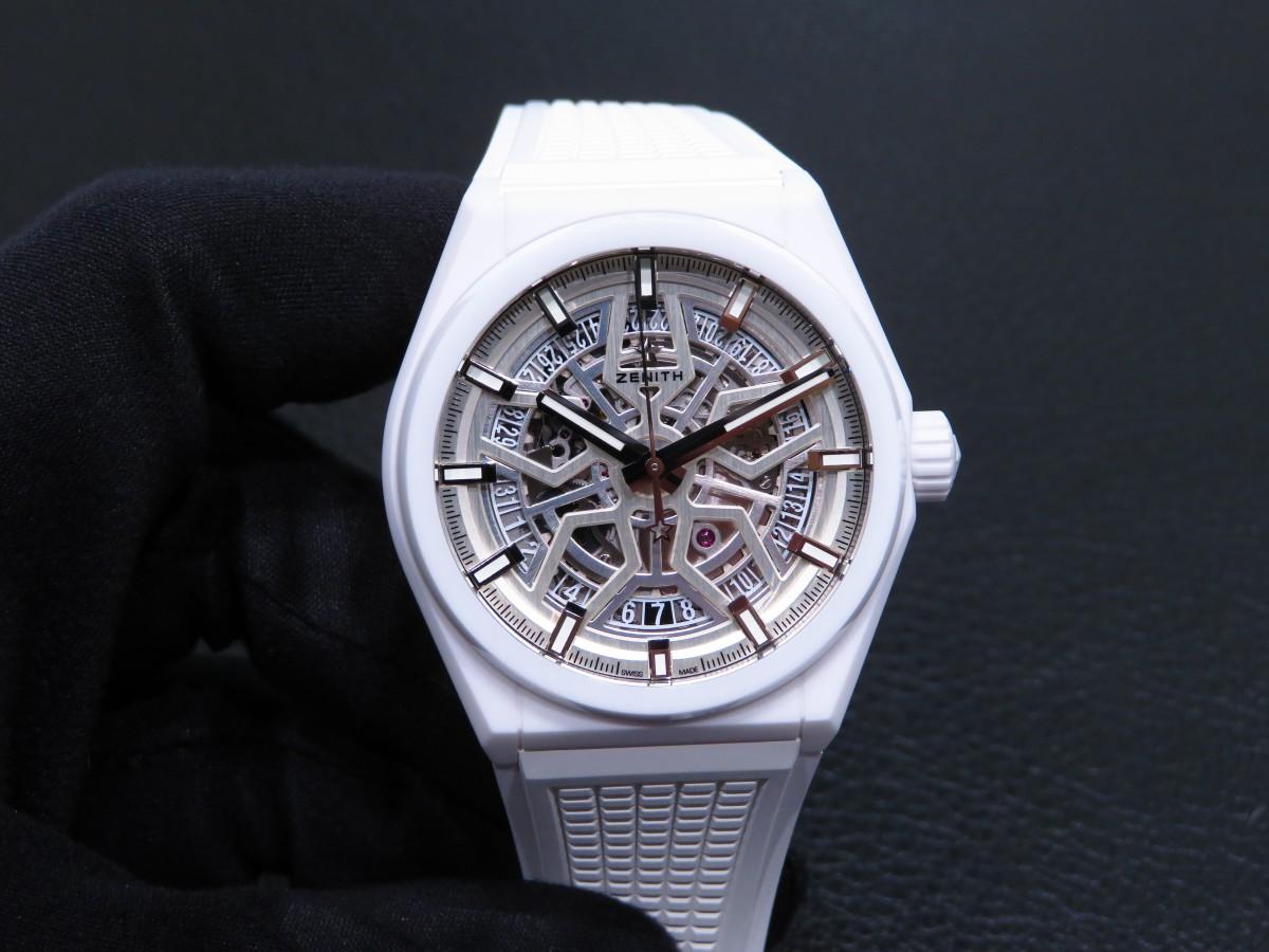 IMG_8951 デファイ クラシックのホワイトセラミックモデルが初入荷!夏に向けて爽やかな時計はいかがですか!? - DEFY