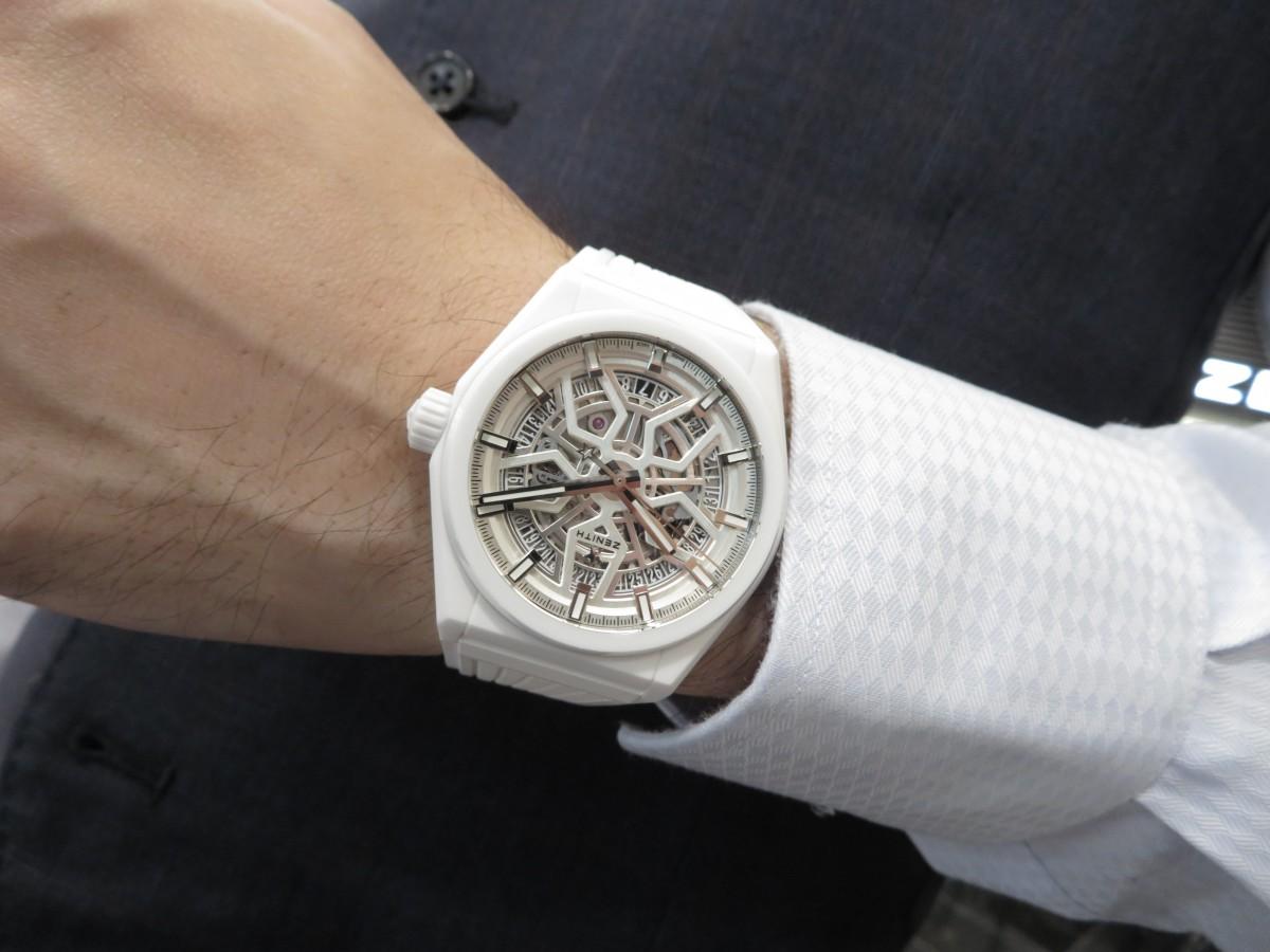 IMG_8953 デファイ クラシックのホワイトセラミックモデルが初入荷!夏に向けて爽やかな時計はいかがですか!? - DEFY