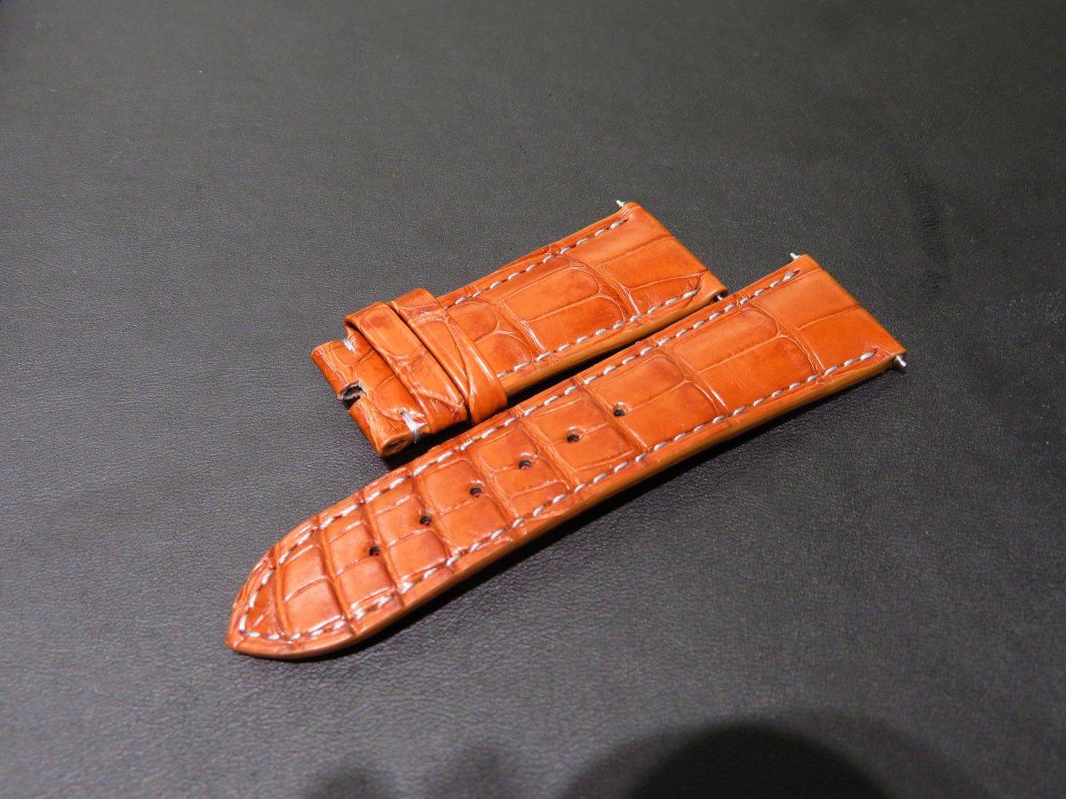 IMG_9437 明るめのブラウンアリゲーター素材でオーダーベルトを作成して頂きました。 - CHRONOMASTER ベルト/ストラップ