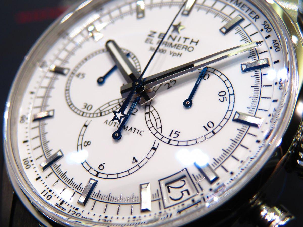 爽やかで清潔感のあるホワイトラッカー文字盤の「エル・プリメロ 36000VpH クラシック」 - CHRONOMASTER  IMG_9792