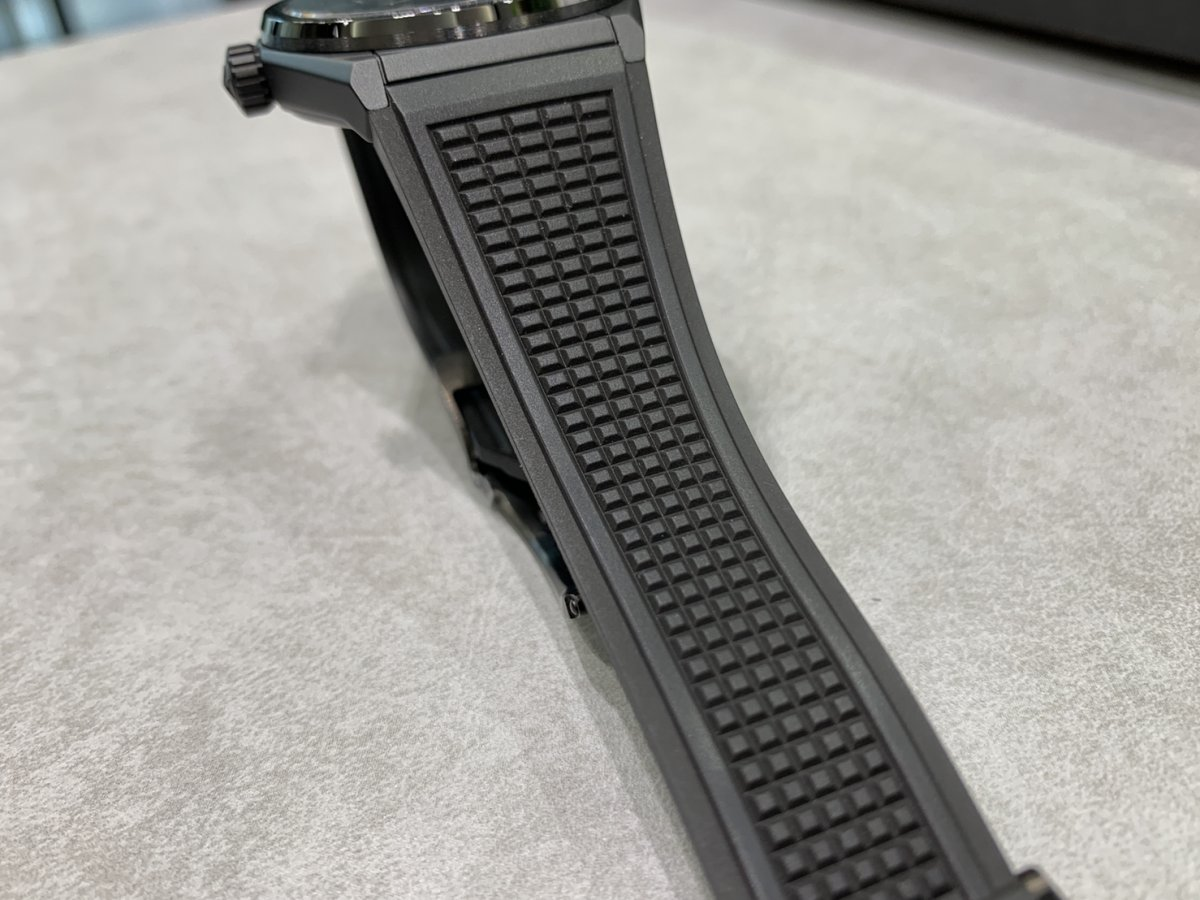 IMG_3546 オールブラックの時計はいかがですか?【デファイクラシックセラミック】 - DEFY