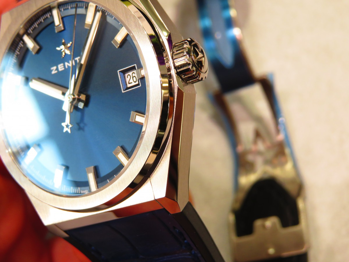 IMG_1727 爽やかなブルー文字盤を備えた着け心地良いモデル、デファイクラシック - DEFY