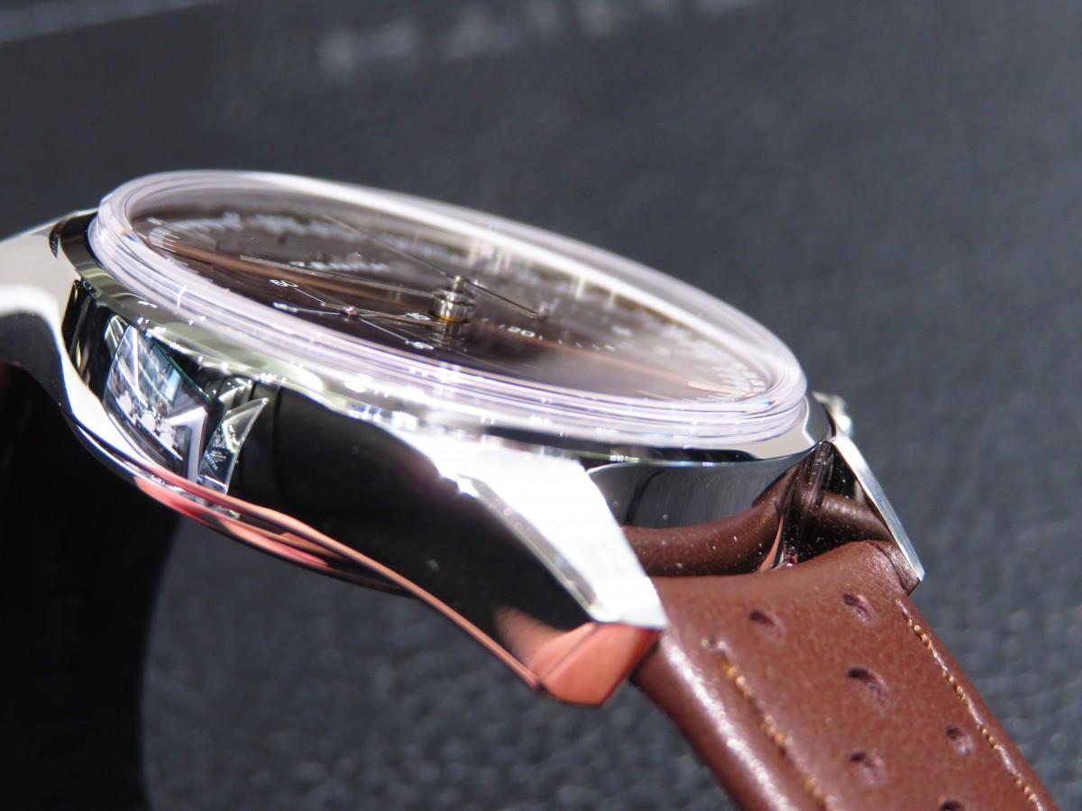 IMG_1813 1960年代のモデルにインスピレーションを得て作られたエルプリメロ ヘリテージ146 - CHRONOMASTER