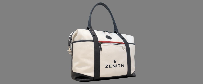 ZBO_bag ゼニスのアイコンモデル「エル・プリメロ オープン」よりひと際美しく上品なシルバー文字盤。 - CHRONOMASTER