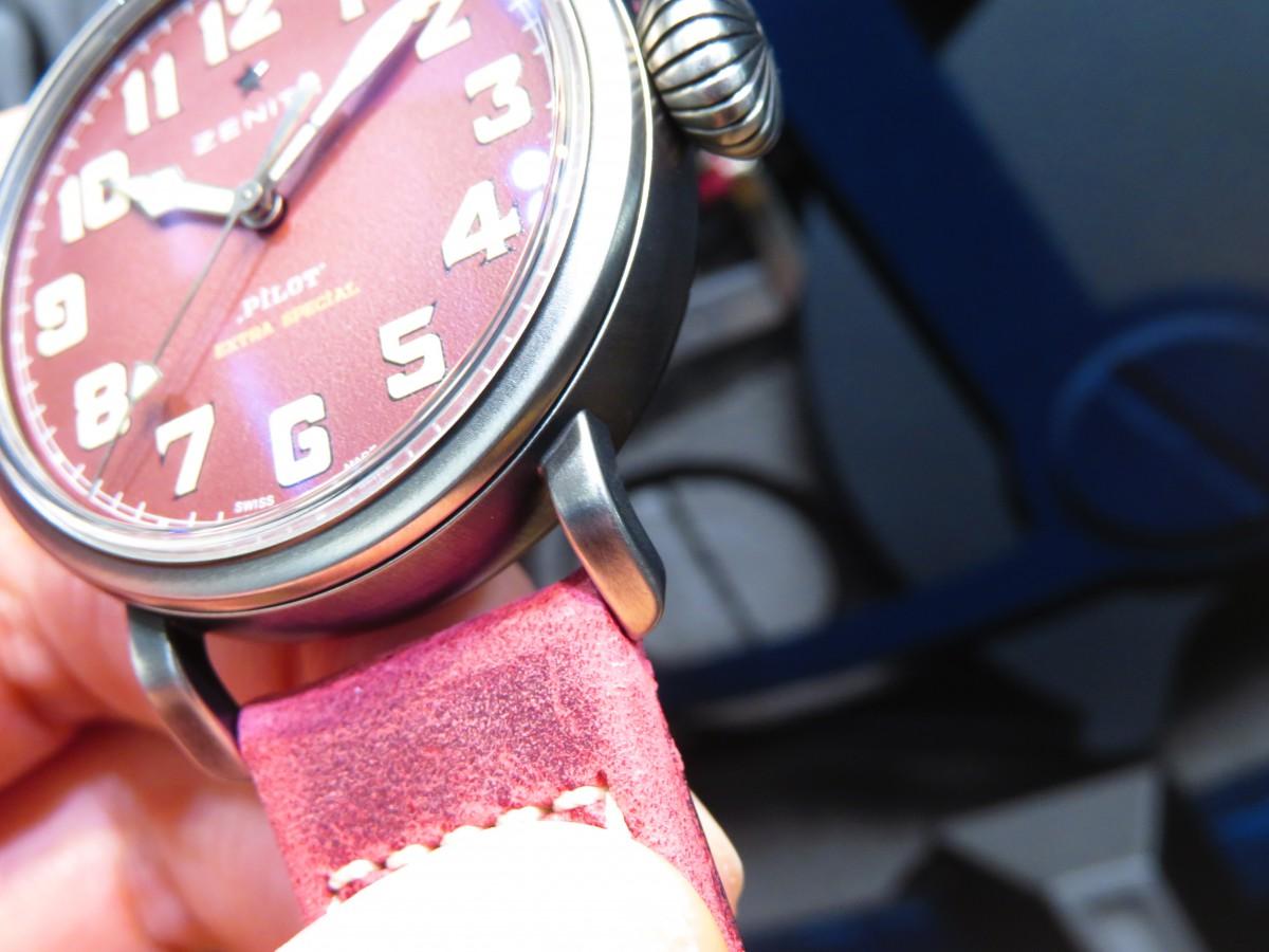 レッドカラーが特徴。250本生産のパイロット タイプ20エクストラスペシャル40㎜ - PILOT |IMG_2335