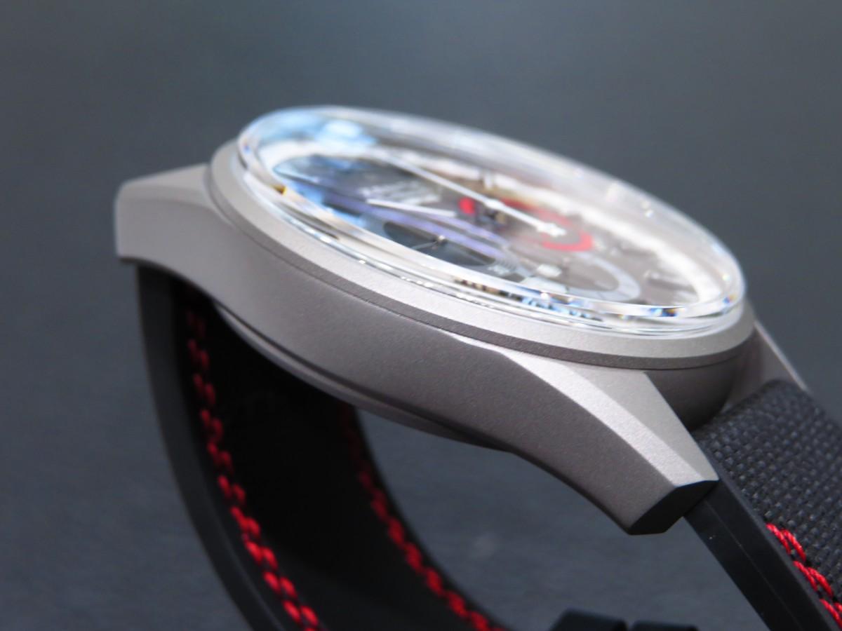 ブティック限定50本!ゼニスの伝統とモダンなデザインが見事に融合した「エル・プリメロ レイダー」 - CHRONOMASTER  IMG_2472