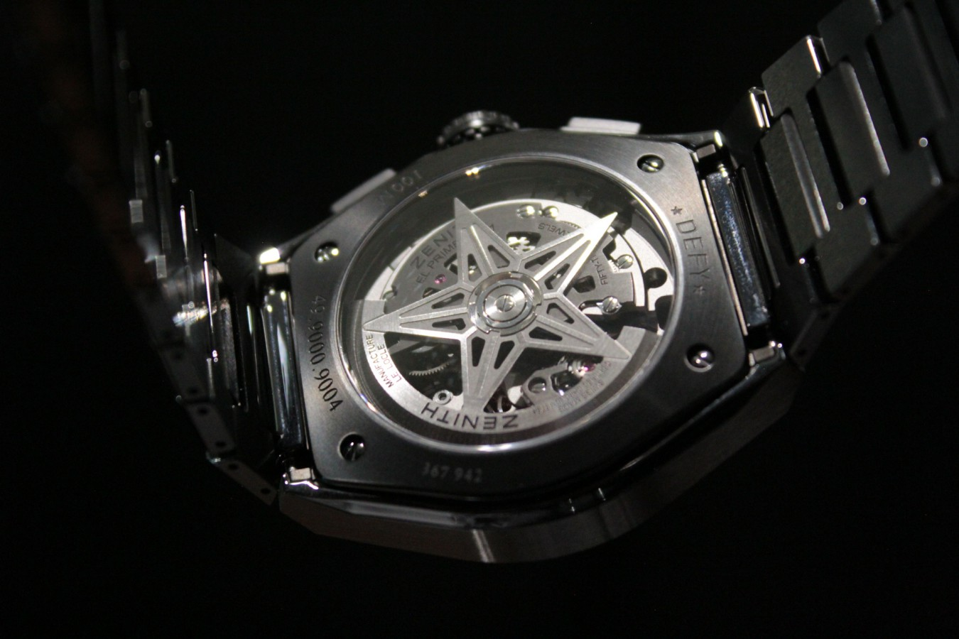 IMG_4173 高級感と使い易さを備えたオールブラックモデル【デファイ エル・プリメロ21】 - DEFY