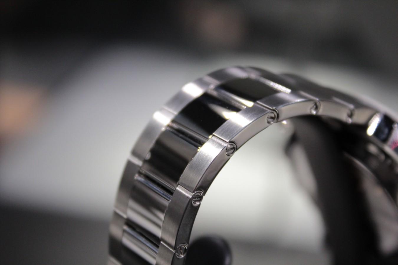 IMG_5527 美しいシルバーダイヤルが洗練された印象に!『クロノマスター エル・プリメロ オープン』 - CHRONOMASTER