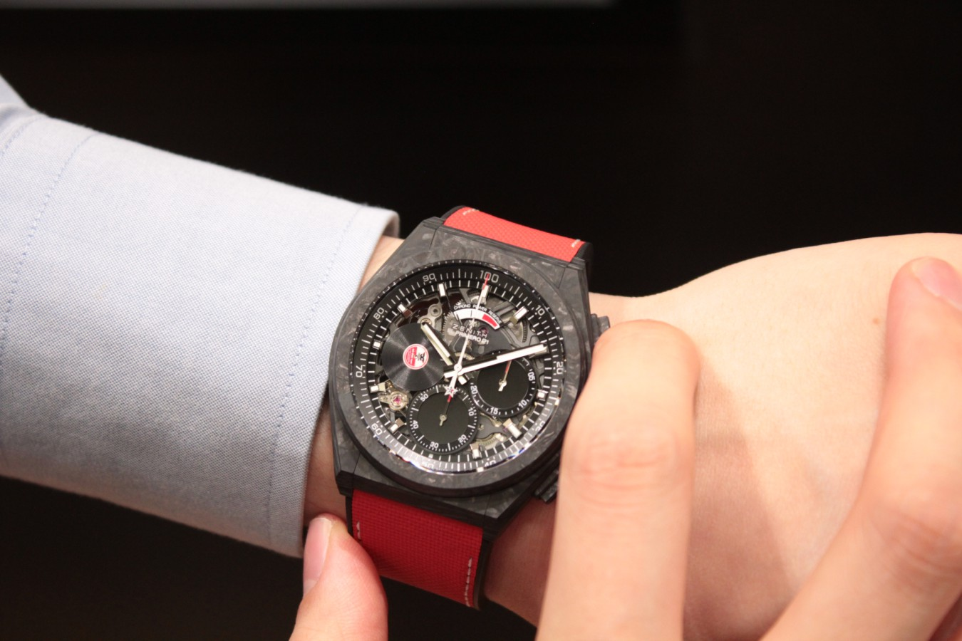 IMG_5907 赤と黒のコントラストがカッコ良い!?世界200本限定のスペシャルモデル「デファイ エル・プリメロ21 カール・コックス エディション」 - DEFY