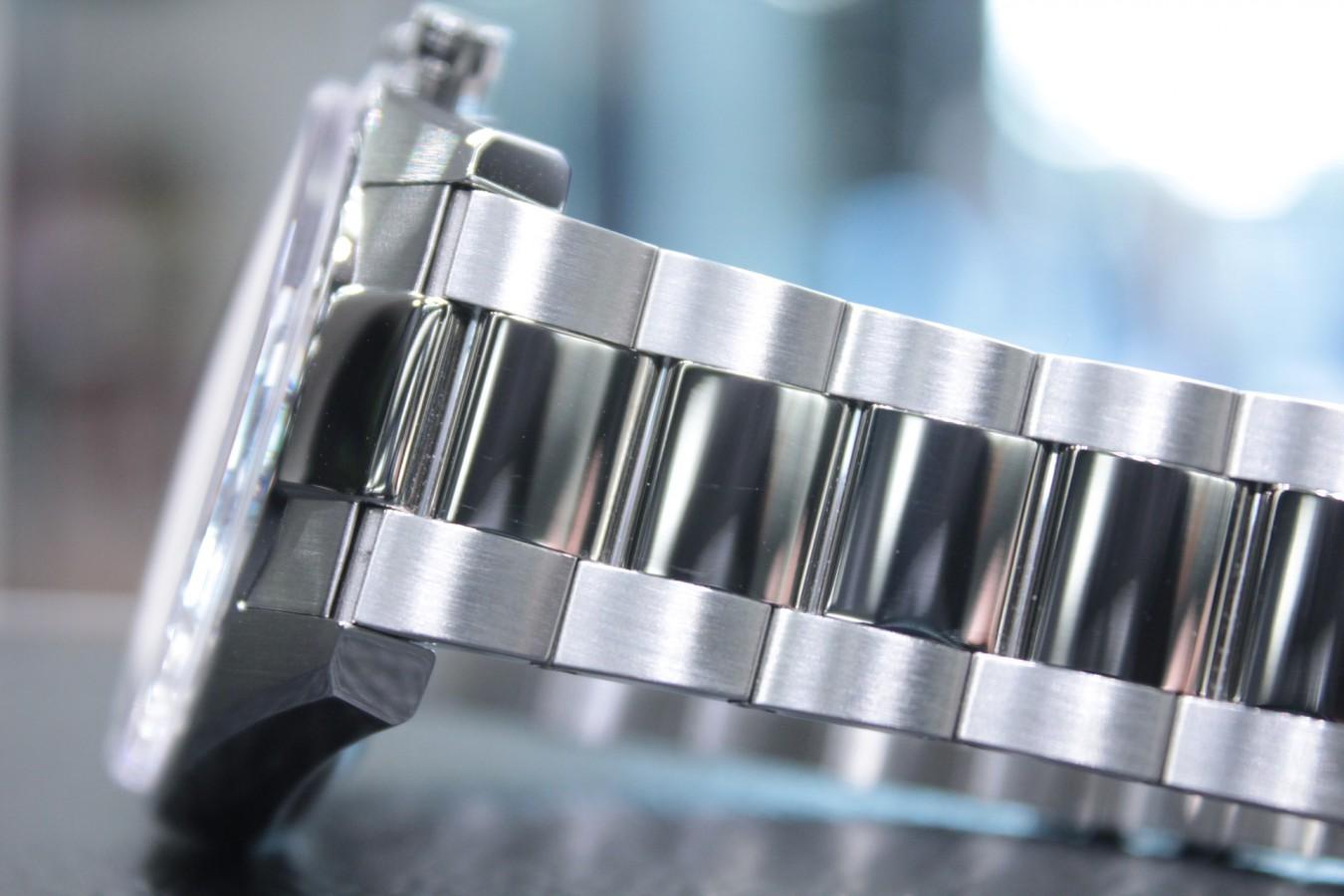IMG_6255 生産終了のグレーダイヤル!マルチカラーの【エルプリメロ 42mm】 - CHRONOMASTER