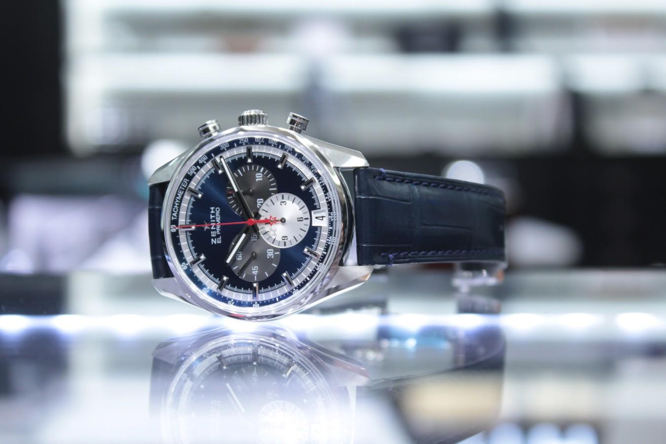 IMG_6266 ブルーダイヤルとマルチカラーが織りなす美しいコントラスト【エル・プリメロ 42mm】 - CHRONOMASTER