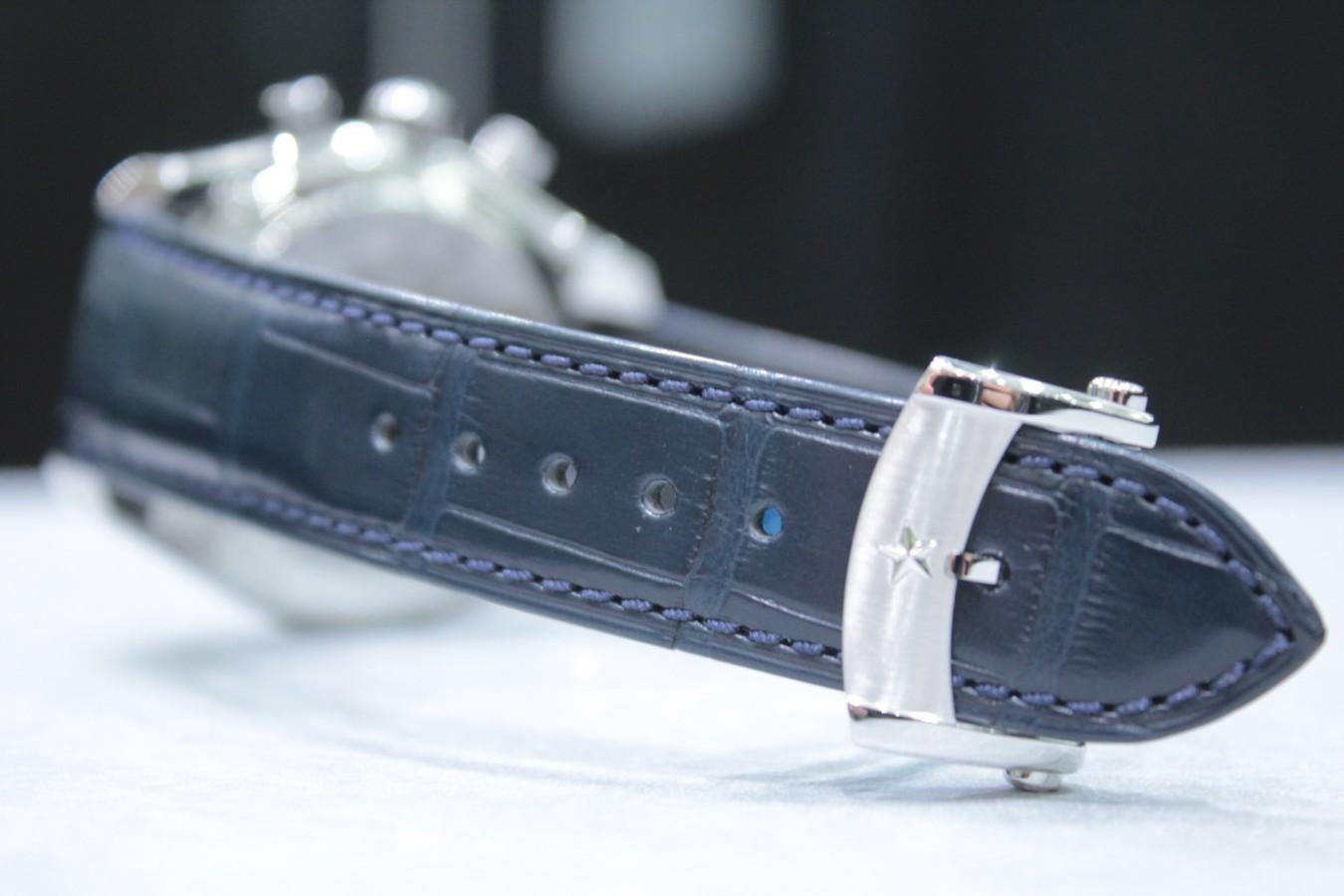 IMG_6271 ブルーダイヤルとマルチカラーが織りなす美しいコントラスト【エル・プリメロ 42mm】 - CHRONOMASTER