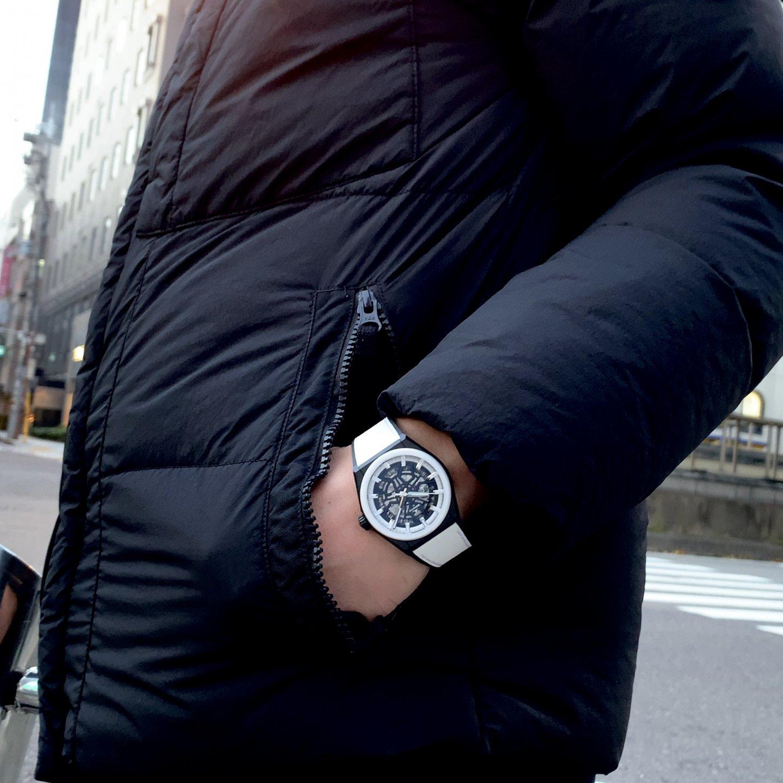 IMG_7324 冬にこそブラック&ホワイトで腕元をアピール!「デファイ クラシック ブラック&ホワイト」 - DEFY