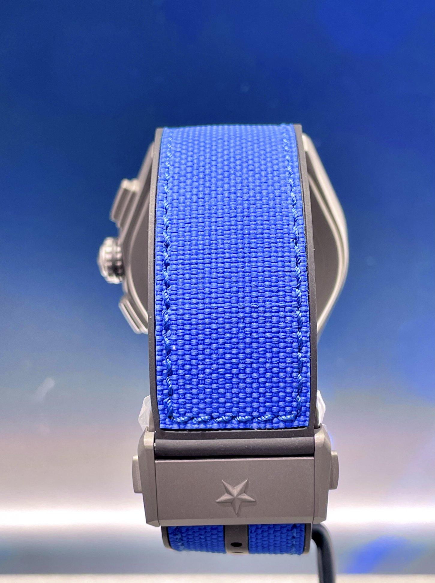 インパクトのあるブルーで腕元にアクセントを!『デファイ エル・プリメロ21 ウルトラブルー』 - DEFY |6E76D4AC-A618-4DDD-A3E9-168C213C53E9-002