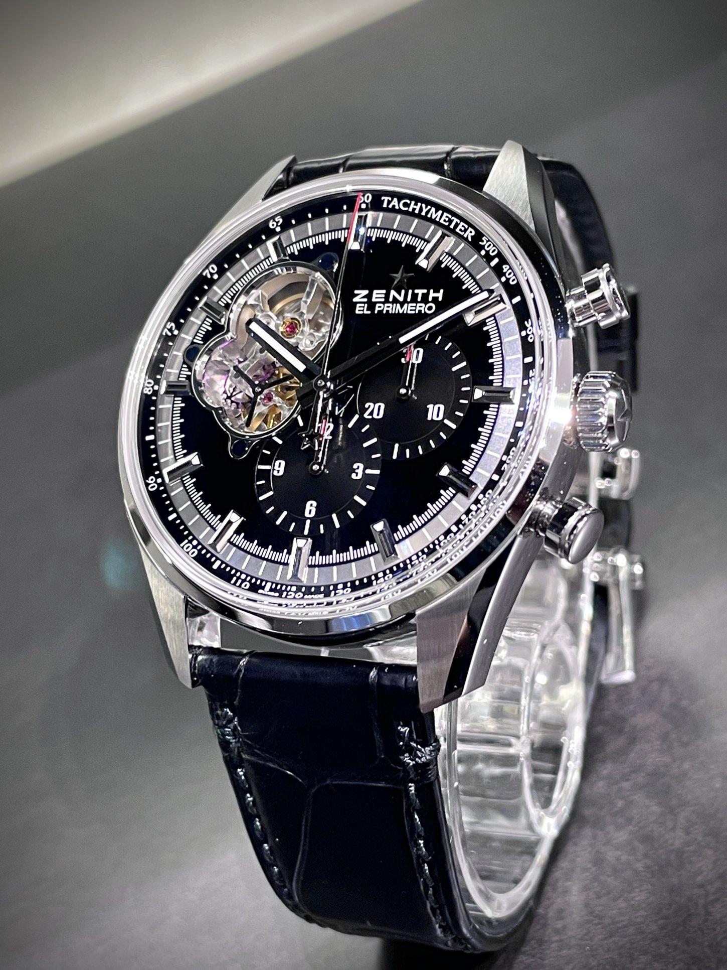 エル・プリメロが映えるブラックダイヤルで華やかに!『クロノマスター エル・プリメロ オープン』 - CHRONOMASTER |417118EE-E310-4D79-B71D-CB5DDF156ED4
